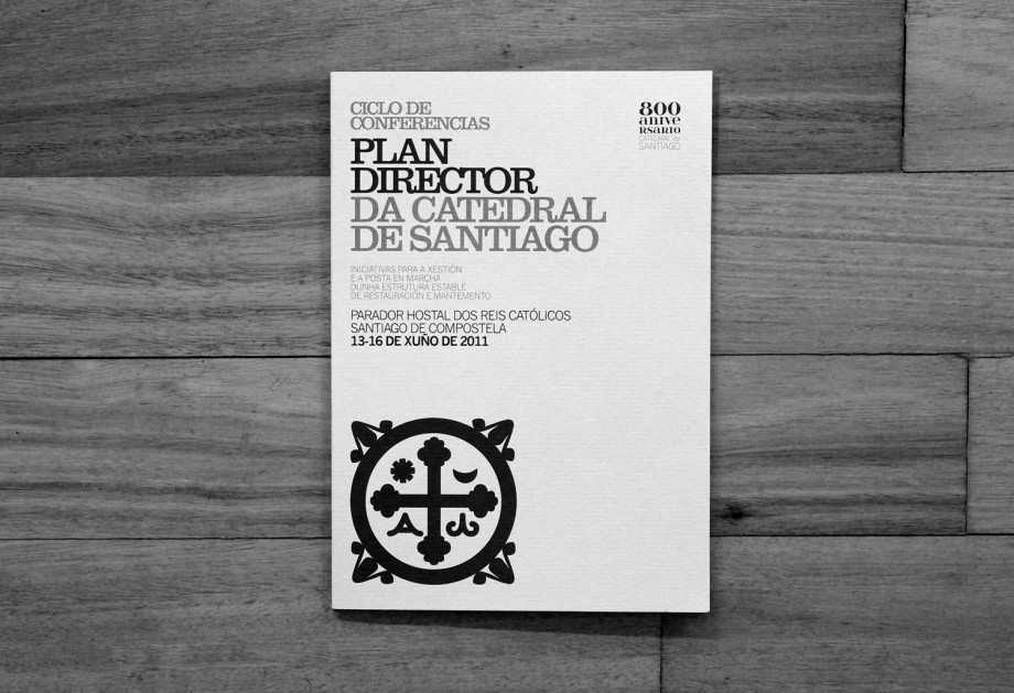 Portada del folleto del Plan Director Catedral de Santiago